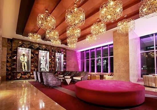 hotel-style-panama-lobby.jpg
