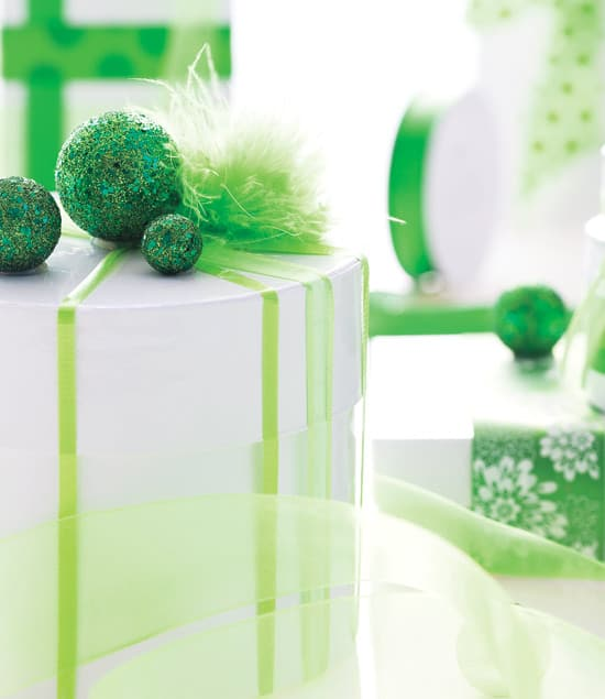 holiday-wrapping-green.jpg