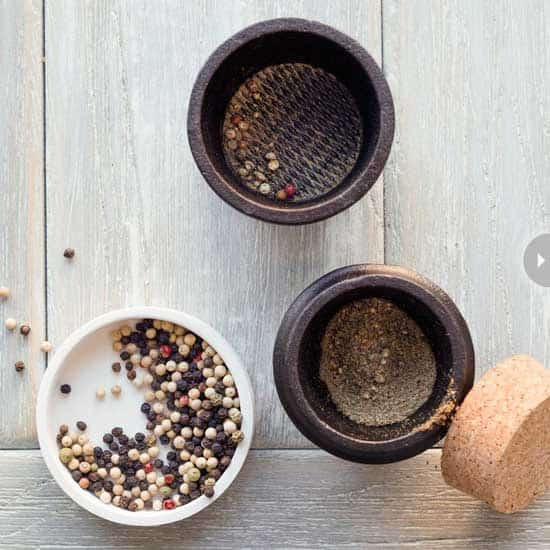 gourmet-gifts-spice-grinder.jpg