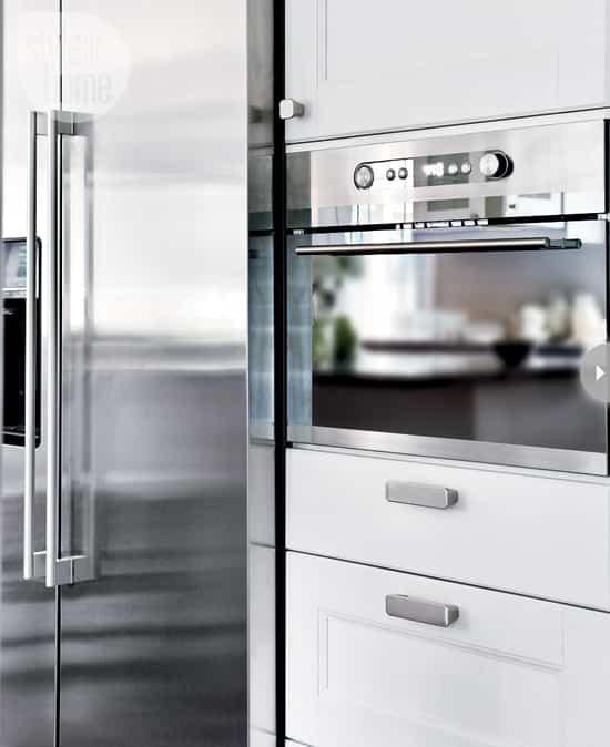 modern-country-kitchen-fridge.jpg
