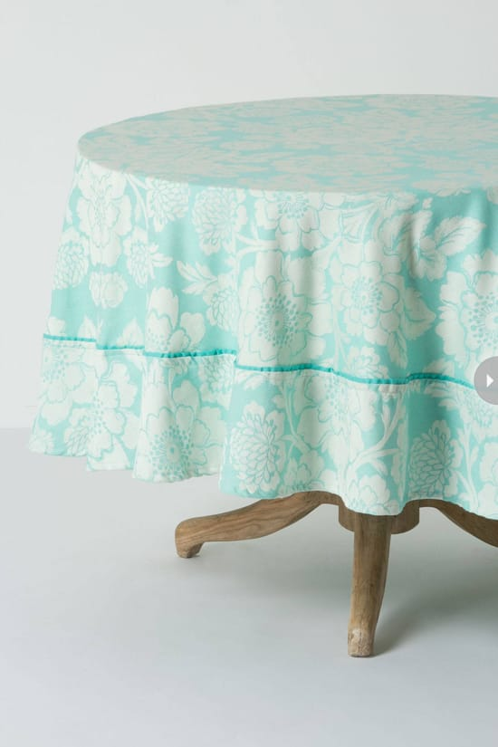 decor-pastel-tablecloth.jpg