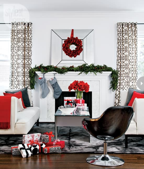 interior-modern-holiday-fireplac.jpg