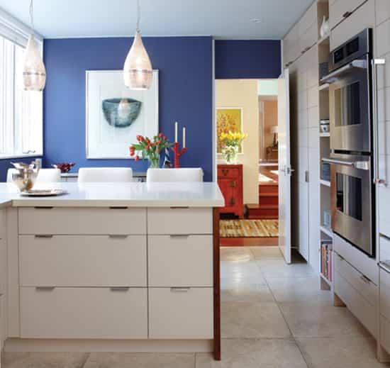 sarah-richardson-paint-kitchen.jpg