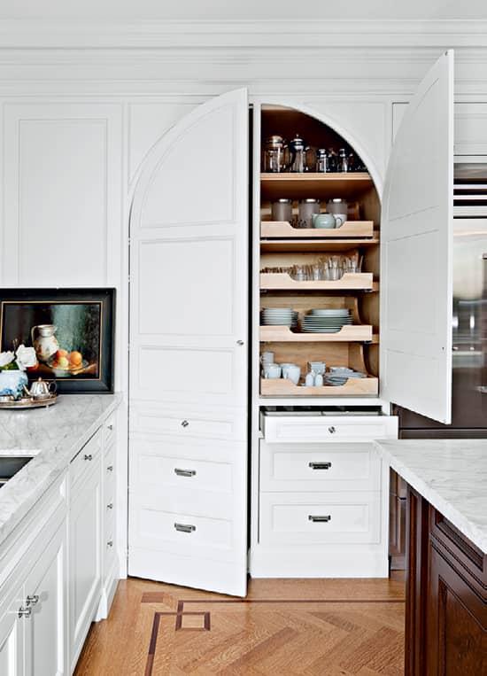 inside-design-colleen-pantry-MAI.jpg