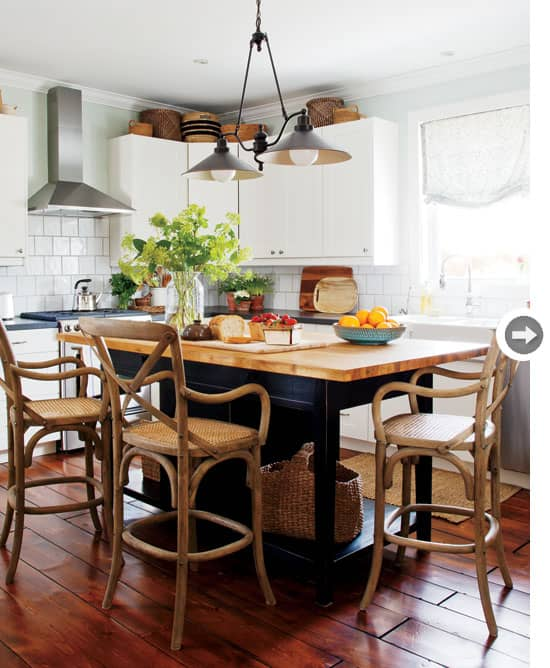 country-chic-kitchentable.jpg