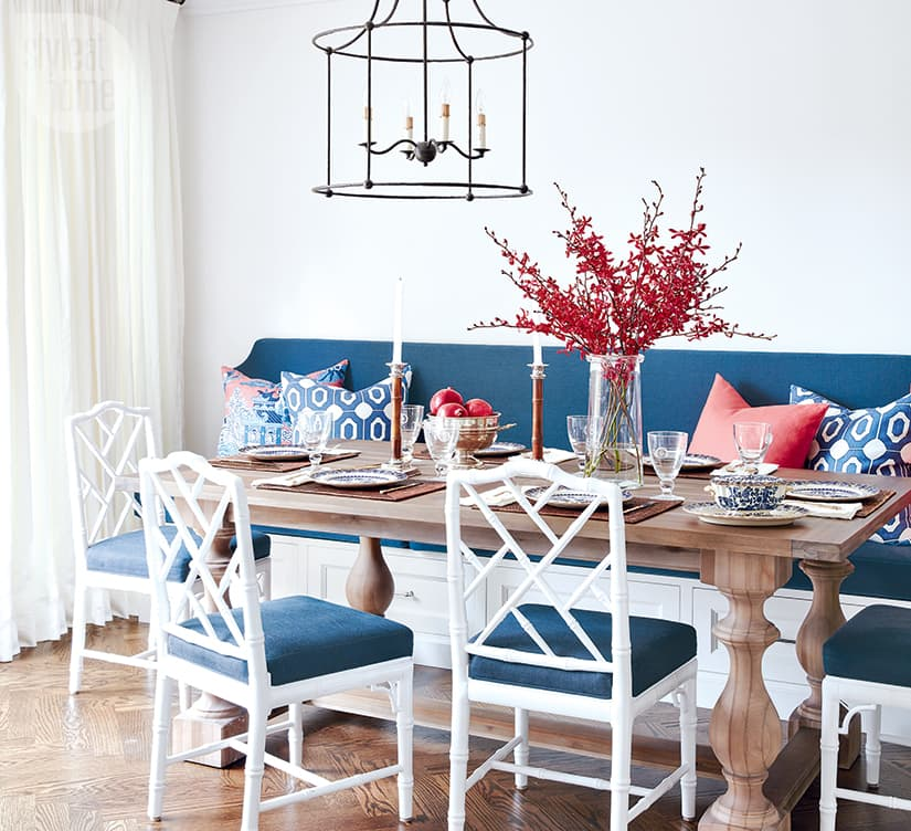 Chic and cheerful breakfast banquette