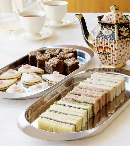 welcom-spring-teaparty.jpg