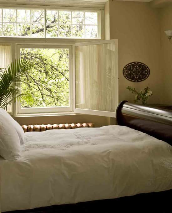 victoria-rose-bedroom.jpg