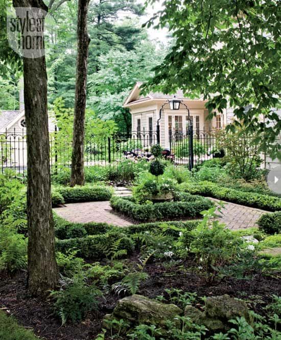 garden-georgian-style-garden.jpg