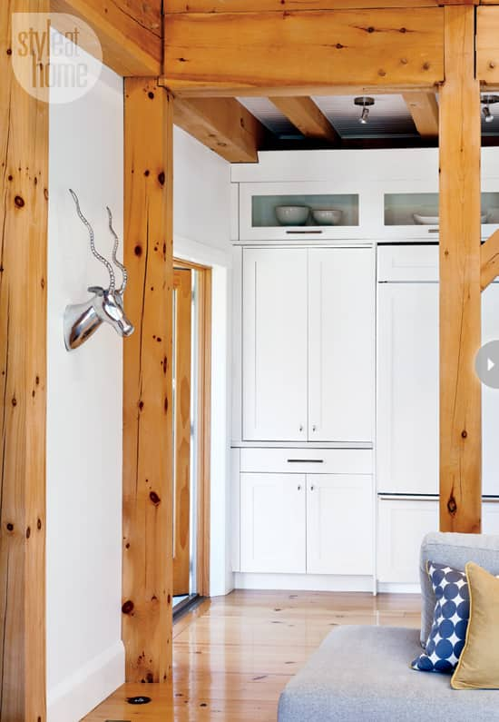 quaint-farmhouse-cupboards.jpg