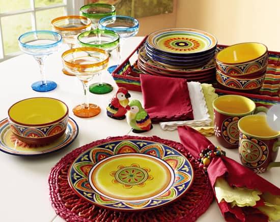 dinner-party-themes-salsa-bar.jpg