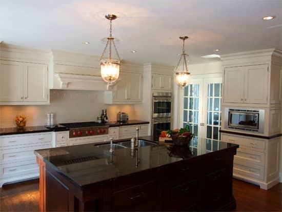 lake-drive-kitchen.jpg