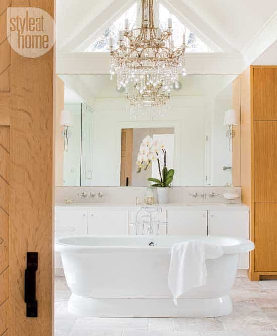 bathroom-farmhouse-chic-tub.jpg