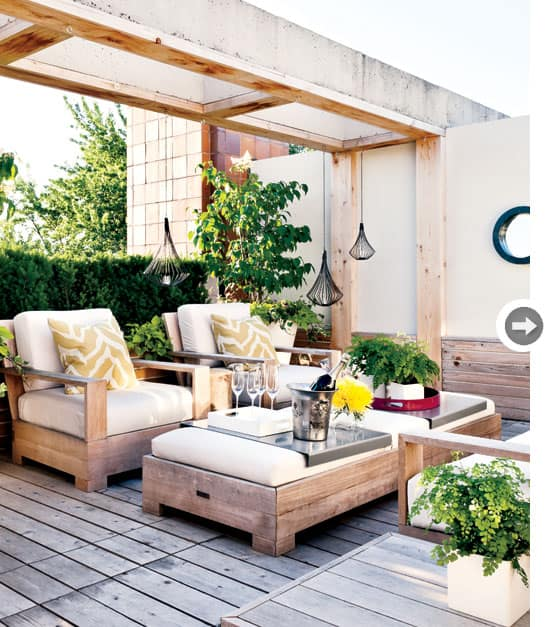 modern-backyard-lounge.jpg