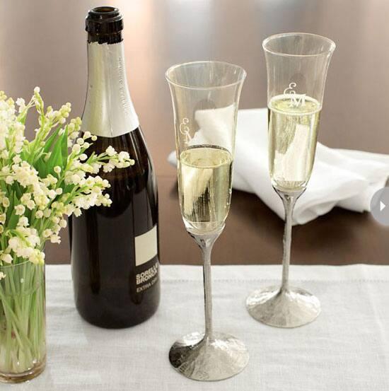 wedding-gift-idea-champagne-flut.jpg