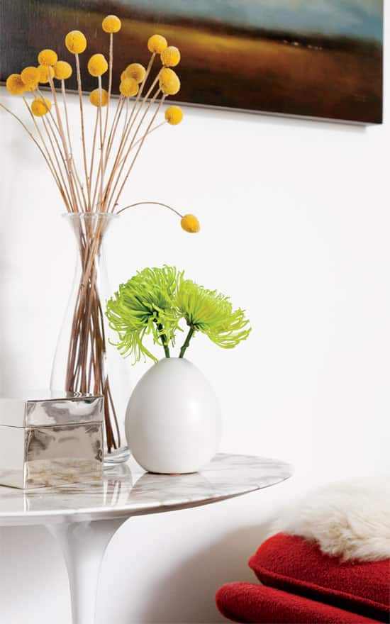 interiors-timlam-accent-table.jpg