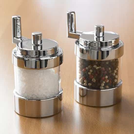 kitchen-tools-salt-pepper-550.jpg