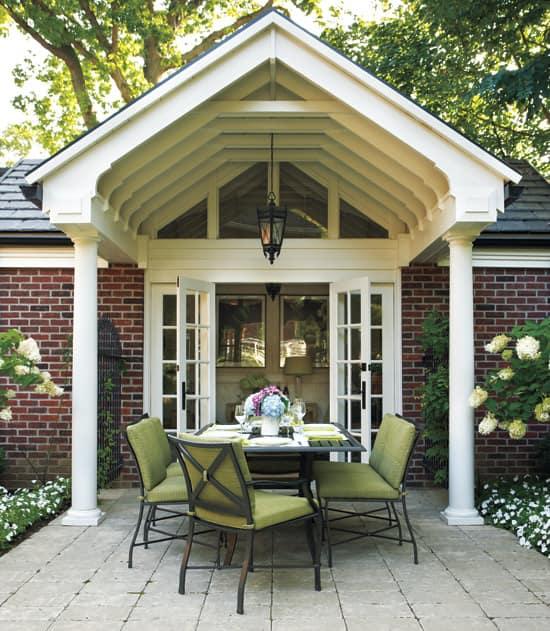 outdoor-living-room-dining.jpg