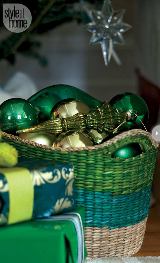green-holidaydecor-3.jpg