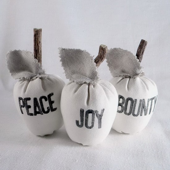 gifts-everyone-apples.jpg