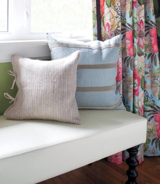 colour-series-pale-pillows.jpg