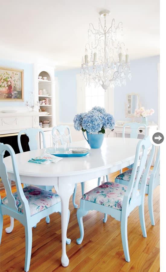 interiors-vintage-charm-dining-r.jpg