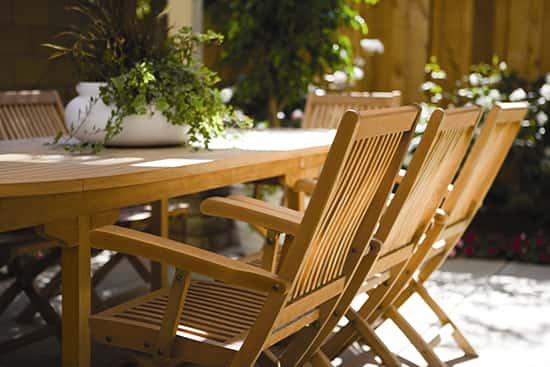 paint-outdoor-furniture3.jpg