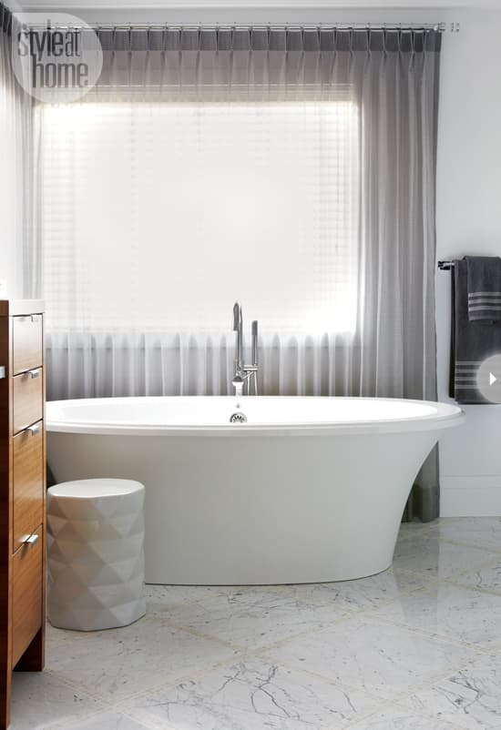 2013bathroom-trends-tub.jpg