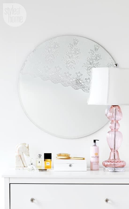 diy-feminine-mirror-lace-001.jpg