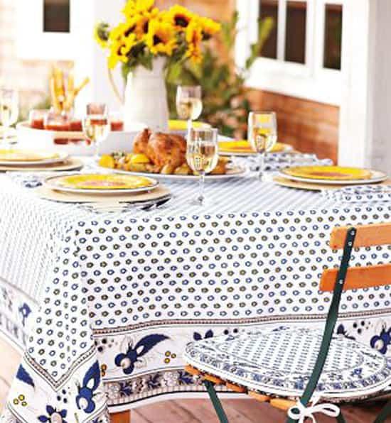 outdoor-tablecloth.jpg