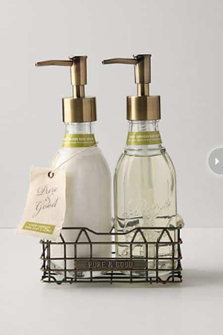 powderroom-items-liquidsoaps.jpg