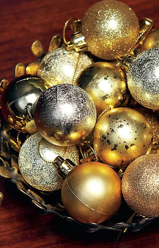 holiday-glam-ornaments.jpg