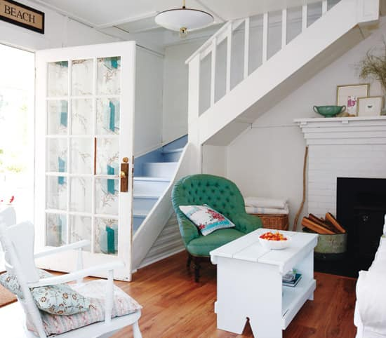 comfy-cottage-stair.jpg