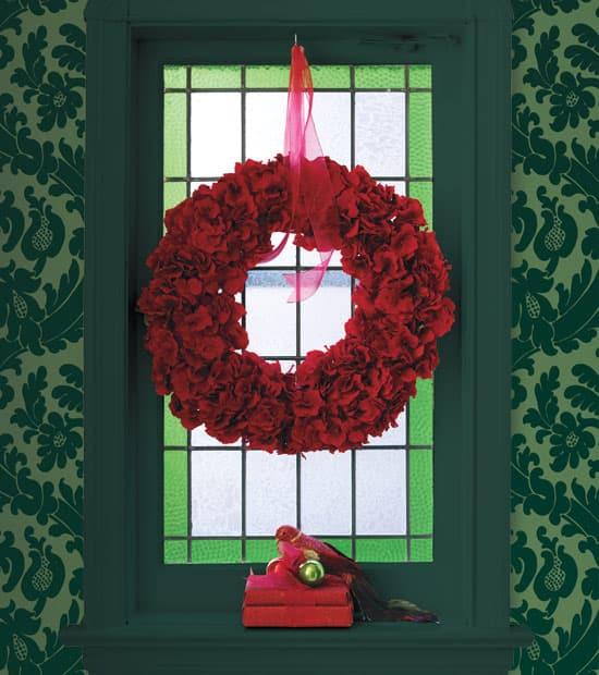 red-green-wreath.jpg