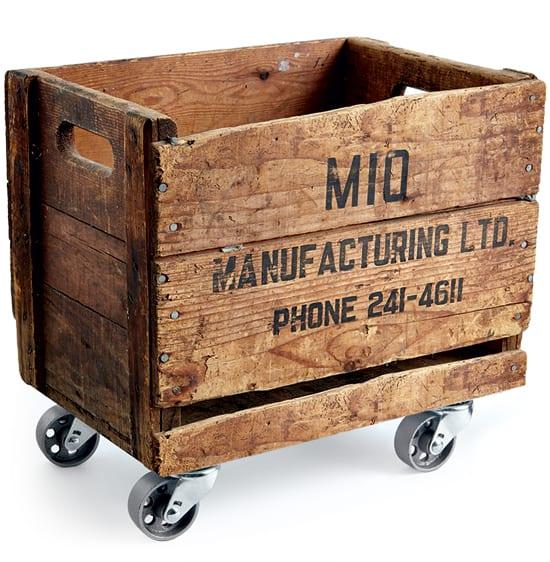crate-on-wheels-DIY.jpg