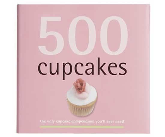 valentinesday-cupcakebook.jpg