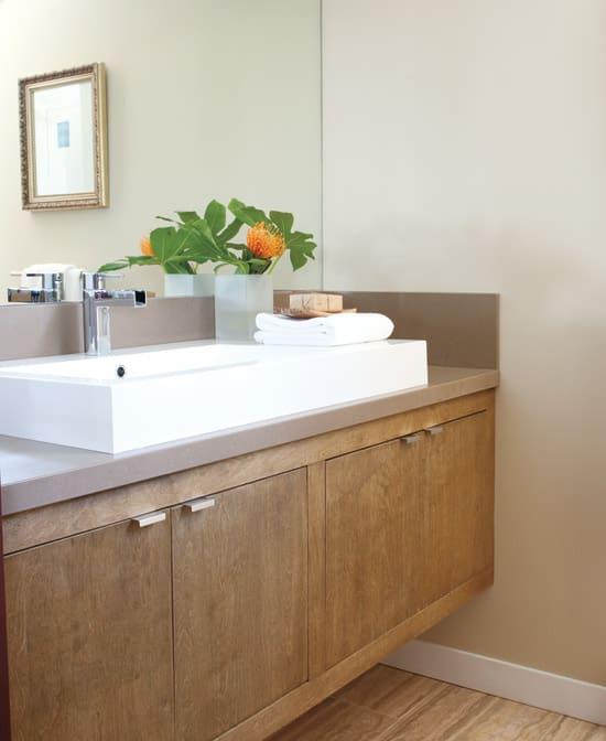 vintage-modern-bathroom.jpg
