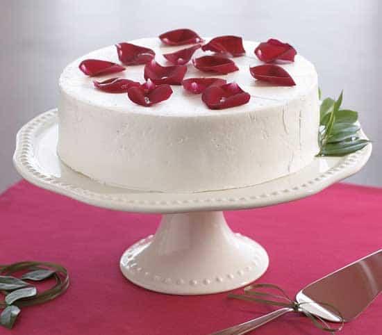 white-party-cake-tray.jpg