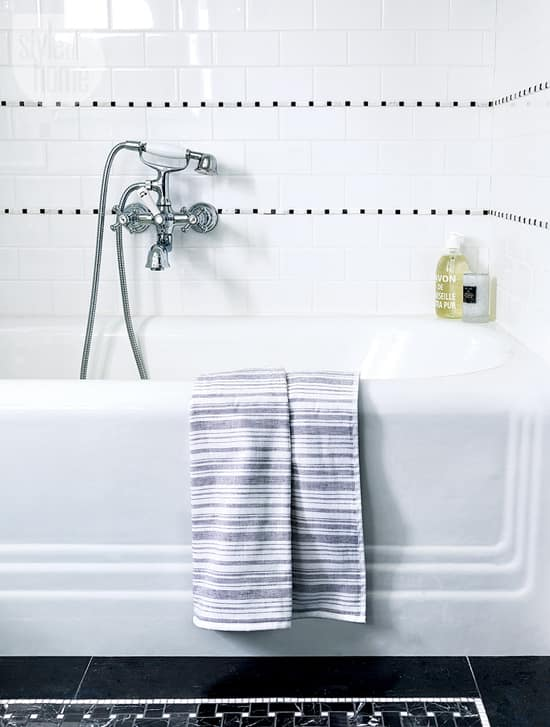 white-on-black-bathtub.jpg