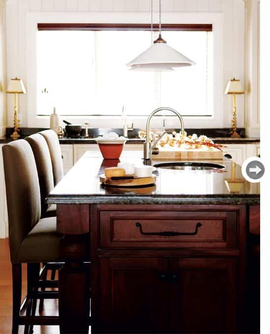 country-home-kitchen-island.jpg