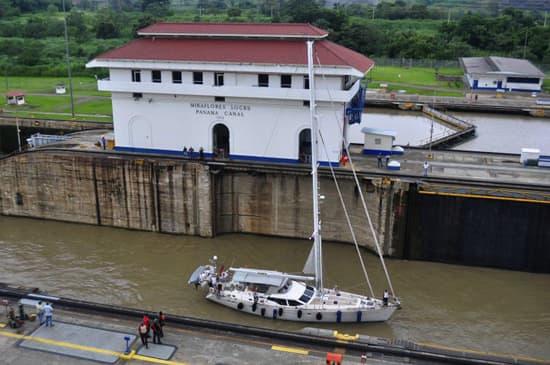 style-dest-panama-canal.jpg