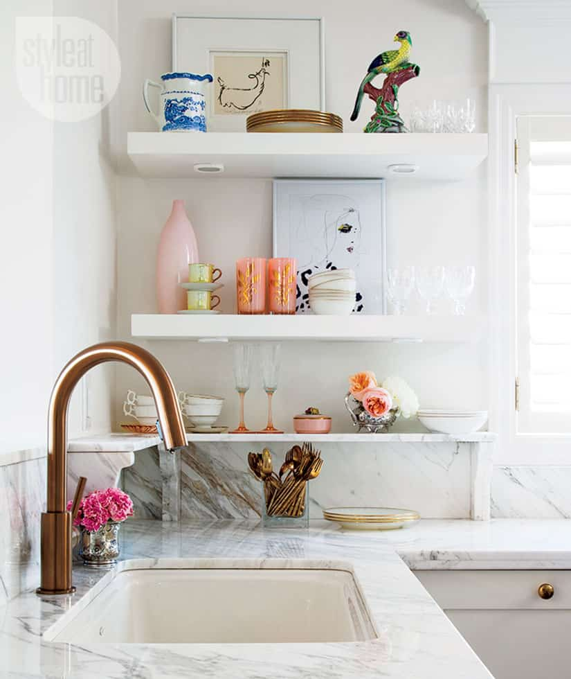 Glam kitchen accents.