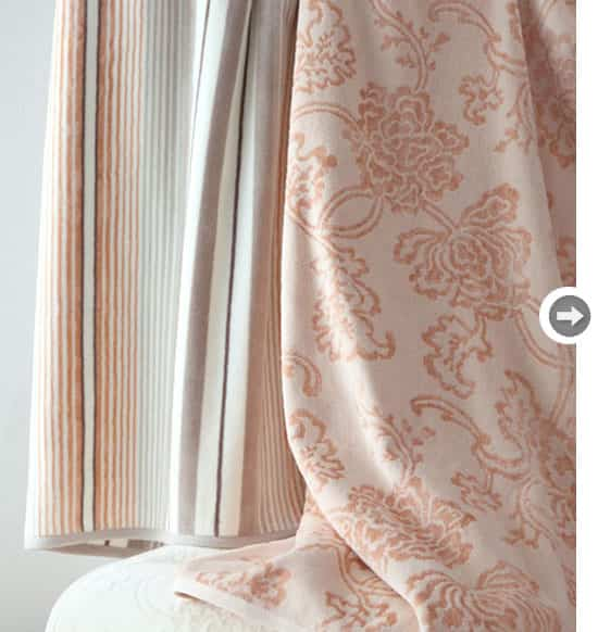 decorate-with-peach-towels.jpg