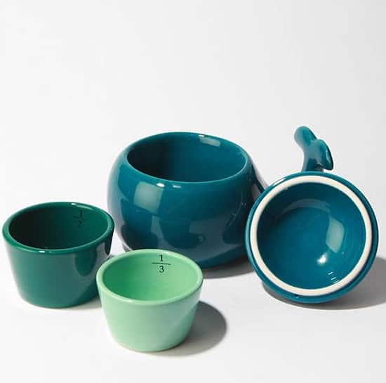 kitchen-tools-measuring-cups-550.jpg