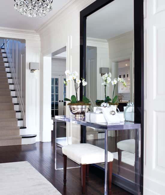 winter-whites-hallway.jpg