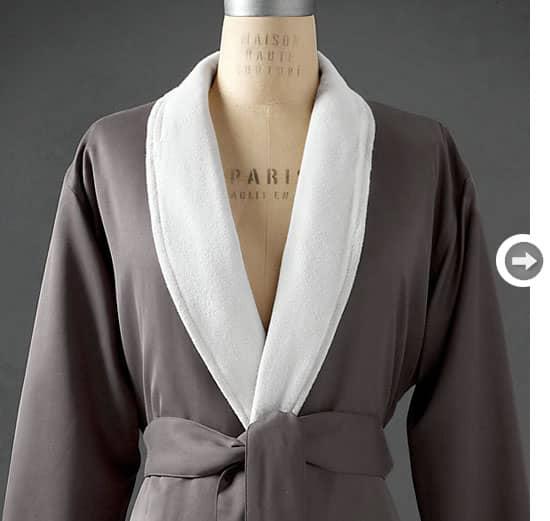 Valentine-s-day-decor-robe.jpg