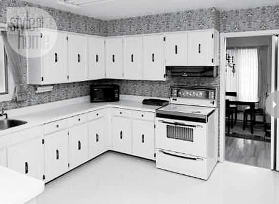 interior-city-cottage-kitchen-b4.jpg
