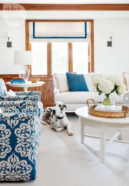 interior-waterfront-familyroom.jpg