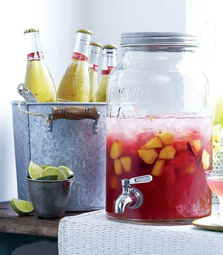 SummerStyle_recipe-pink-sangria