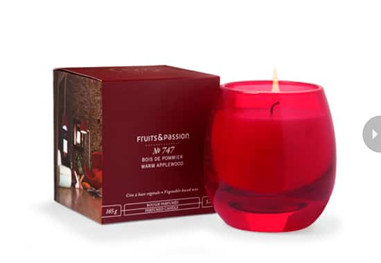 gifts-stocking-stuffer-candle.jpg
